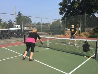 Oak Bay pickleball